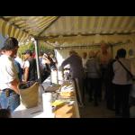 http://www.comite-des-villes-jumelees-saint-cyr-sur-loire.fr/sites/default/files/imagecache/big/jjr/20091129/08-10-19_Bric_et_Broc_006.png